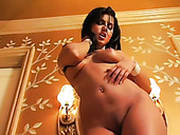 Luxurious Brunette Sexpot Sunny Leone Masturbates Her Twat On Floor