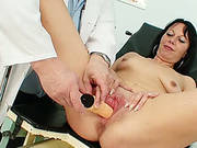 Pleasing Mature Milf Magda With Medical Toy